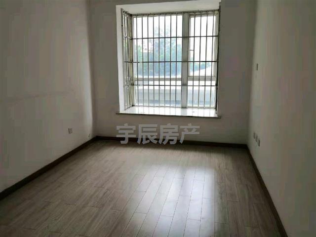 龙祥华府3室 1厅 2卫69万元