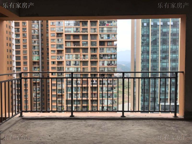 银杏广场3室 2厅 2卫57万元
