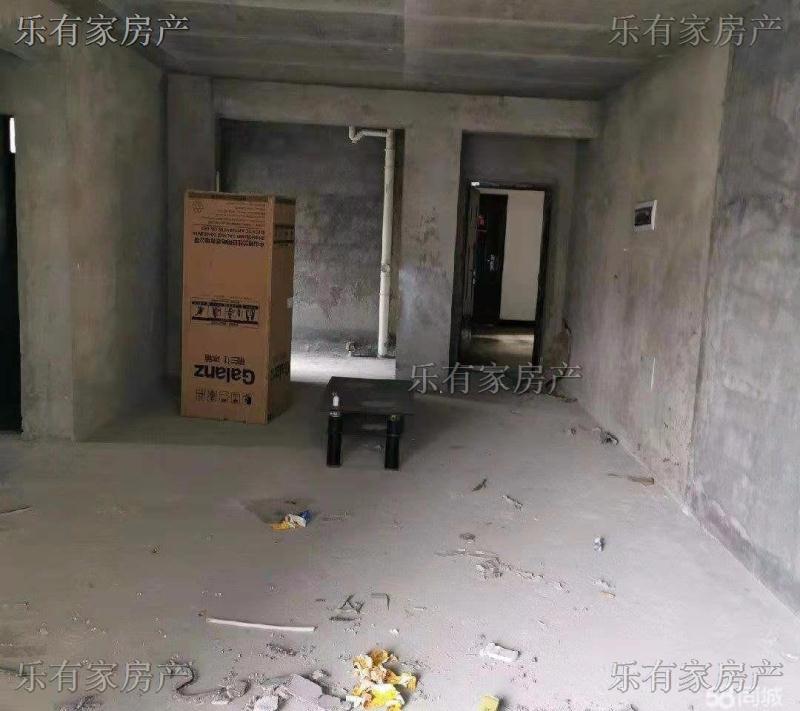 金泽芳庭3室 2厅 2卫34.8万元