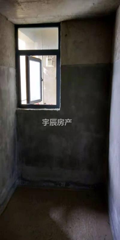 金泽芳庭3室 1厅 2卫44万元