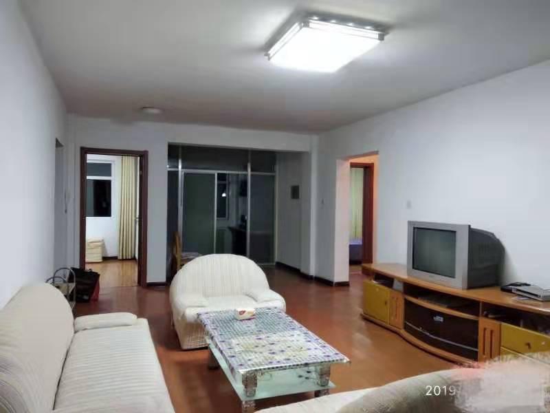 农丰家园3楼3室 2厅 1卫43.5万元
