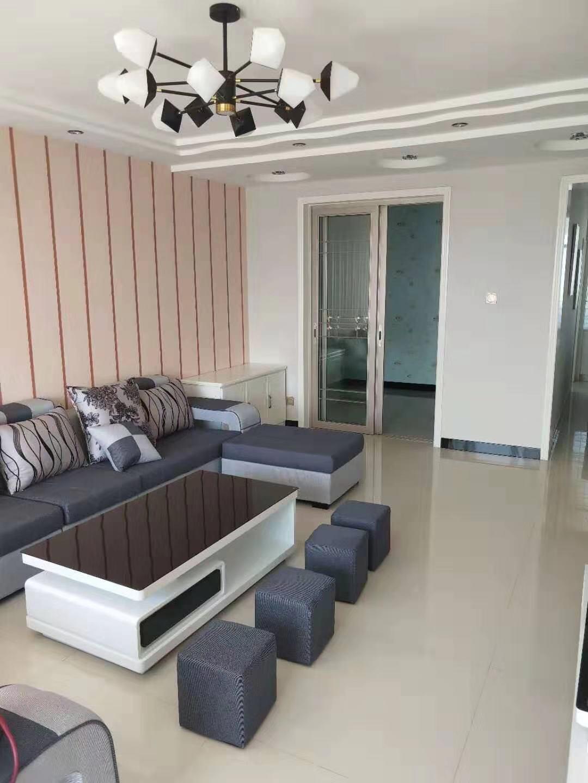 紫腾花园精装地暖房3室 2厅 1卫53.8万元