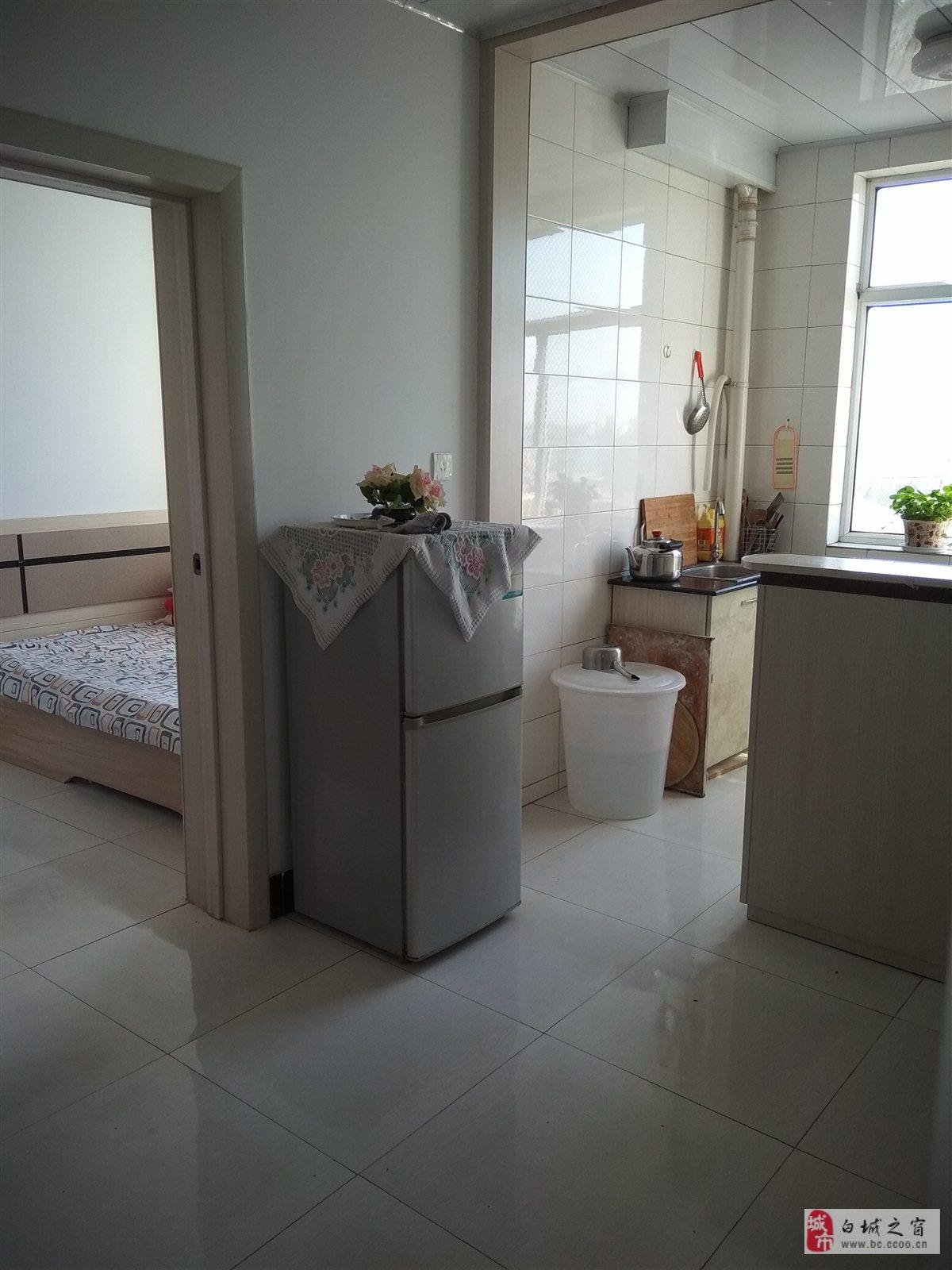 吉鹤苑2室 1厅 1卫19万元