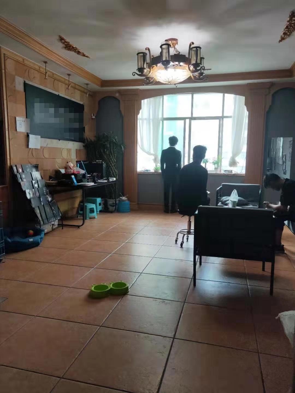 恒鑫小區住房出售
