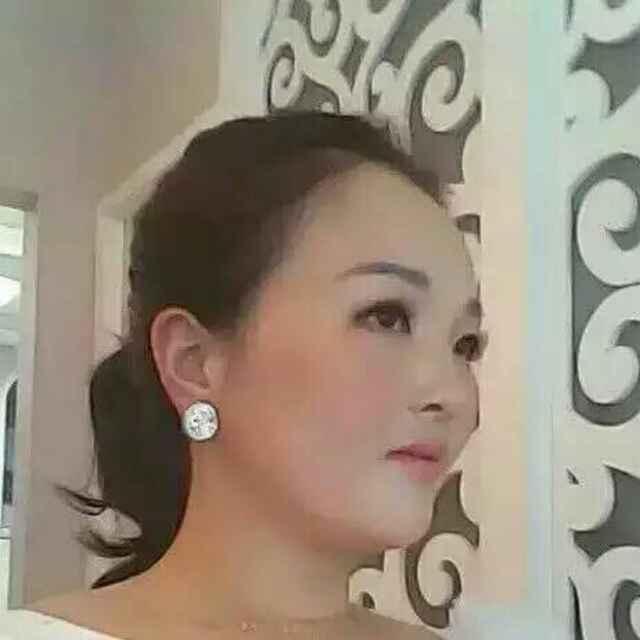 卓雅   美白
