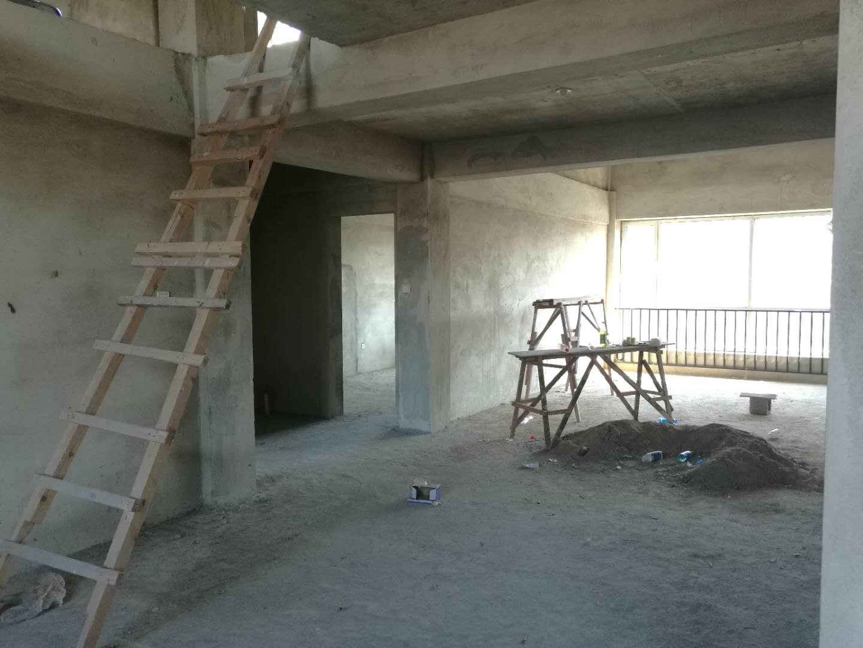 紫文苑三期3室 2厅 2卫72万元