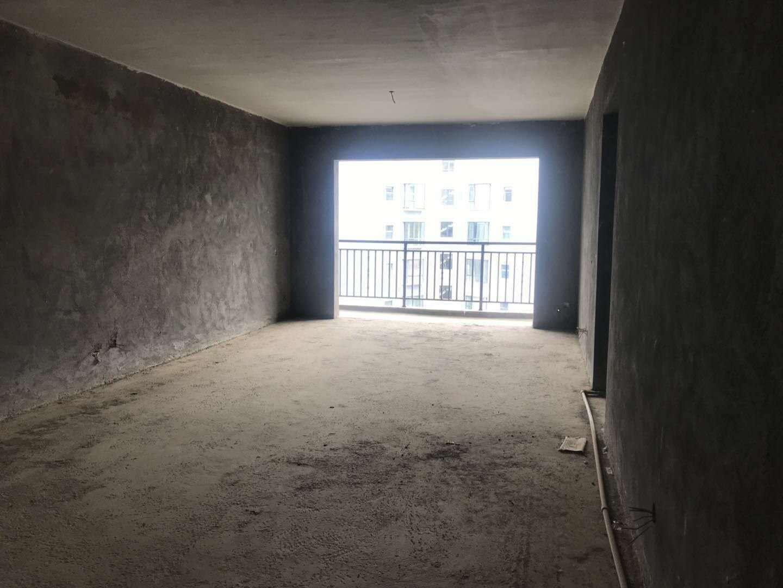 遠大廣場2室 2廳 1衛52萬元