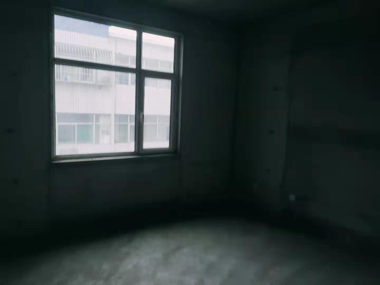 聚泰家园3室 2厅 1卫42万元
