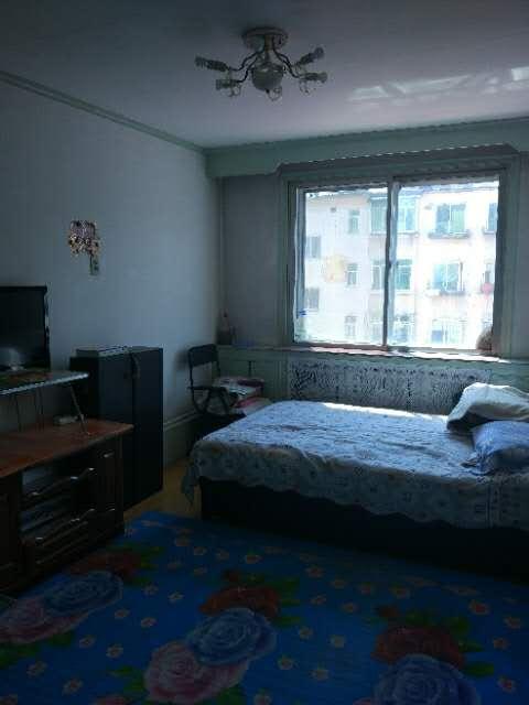 镜湖市场安陆里2室 1厅 1卫11.5万元