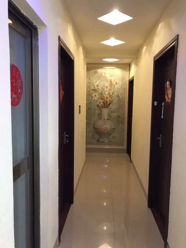 119亩小区4室2厅2卫