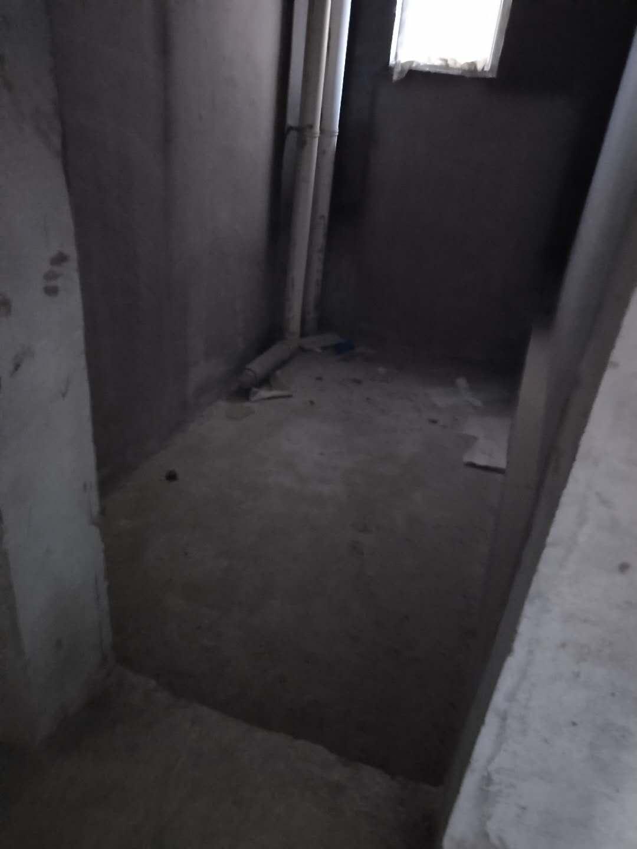 崇阳3室 2厅 2卫68万元