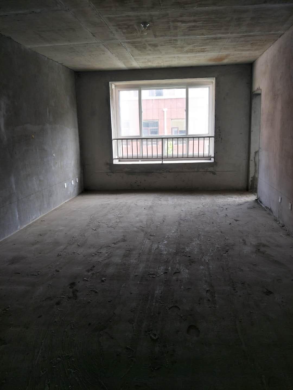泰山名郡130平多层3楼109万元包改合同配合贷款