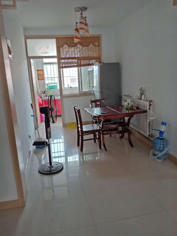 锦绣青城回迁,学区房。精装修。35万元