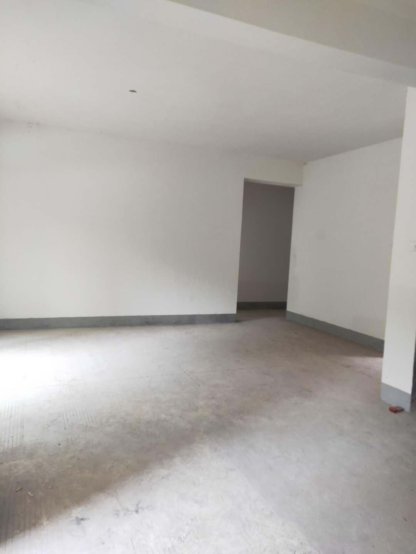 單價5500買香山美地3室洋房,帶大陽臺