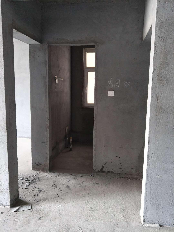 锦绣城2室 2厅 1卫81万元