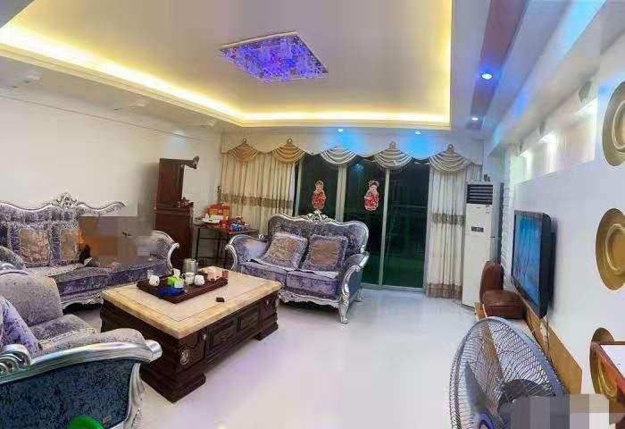 億龍城市花園141平方精裝4房高層僅售85萬元