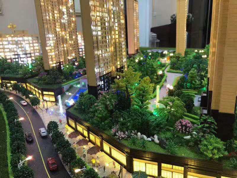 锦绣城4室 2厅 2卫70万元