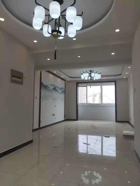 锦绣滨湖3室 2厅 1卫119万元