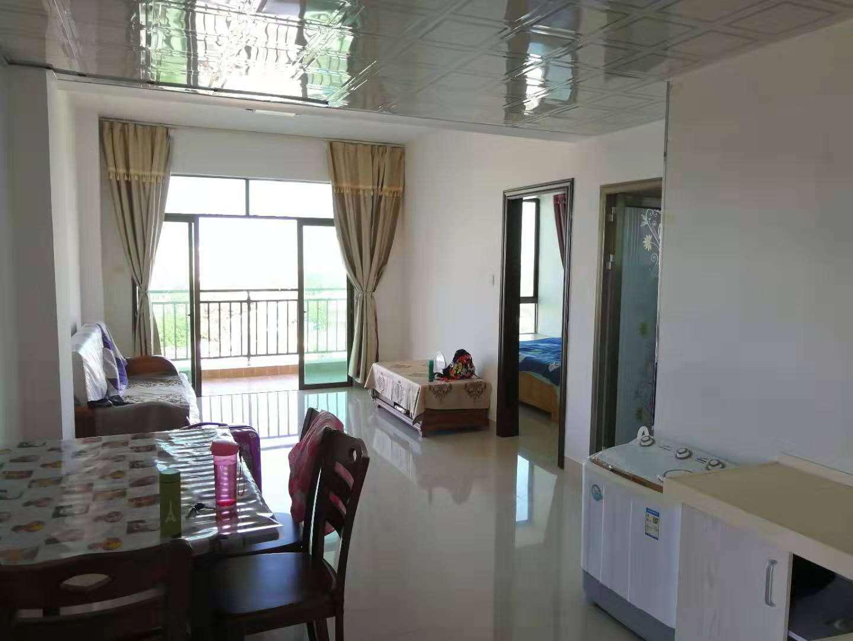 飞龙地产1室 1厅 1卫60万元