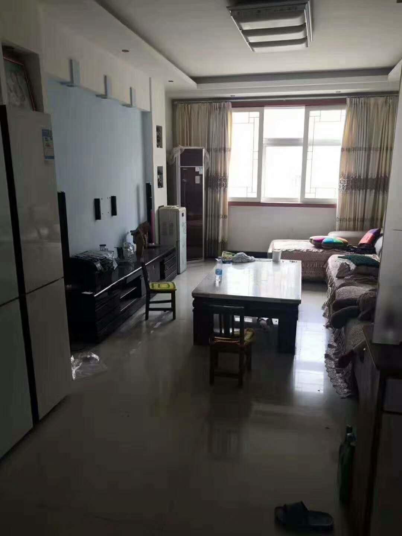 惠东小区3室 2厅 1卫45万元