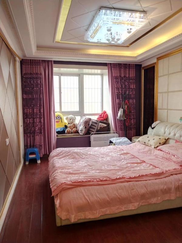 泉城经典3室 2厅 1卫93万元