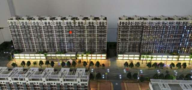 梨花苑南区高层电梯房3室 2厅 2卫33万元