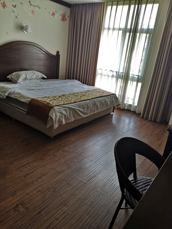 滨江豪苑1室 1厅 1卫23.8万元