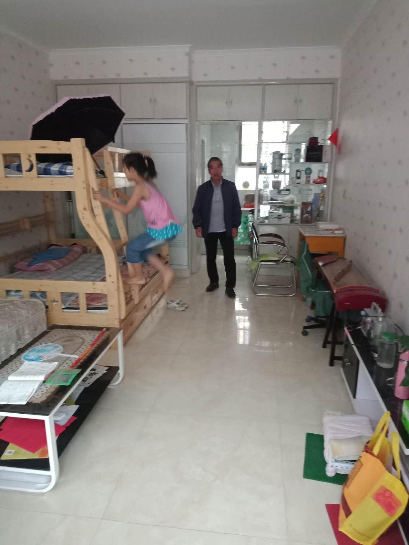 光明園小區1室 1廳 1衛17.5萬元