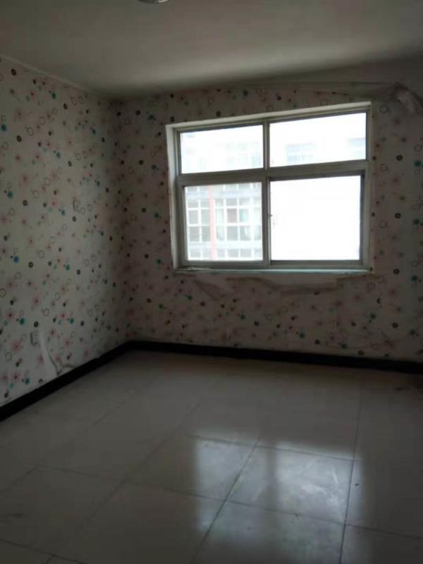 东都华庭3室 2厅 1卫78万元