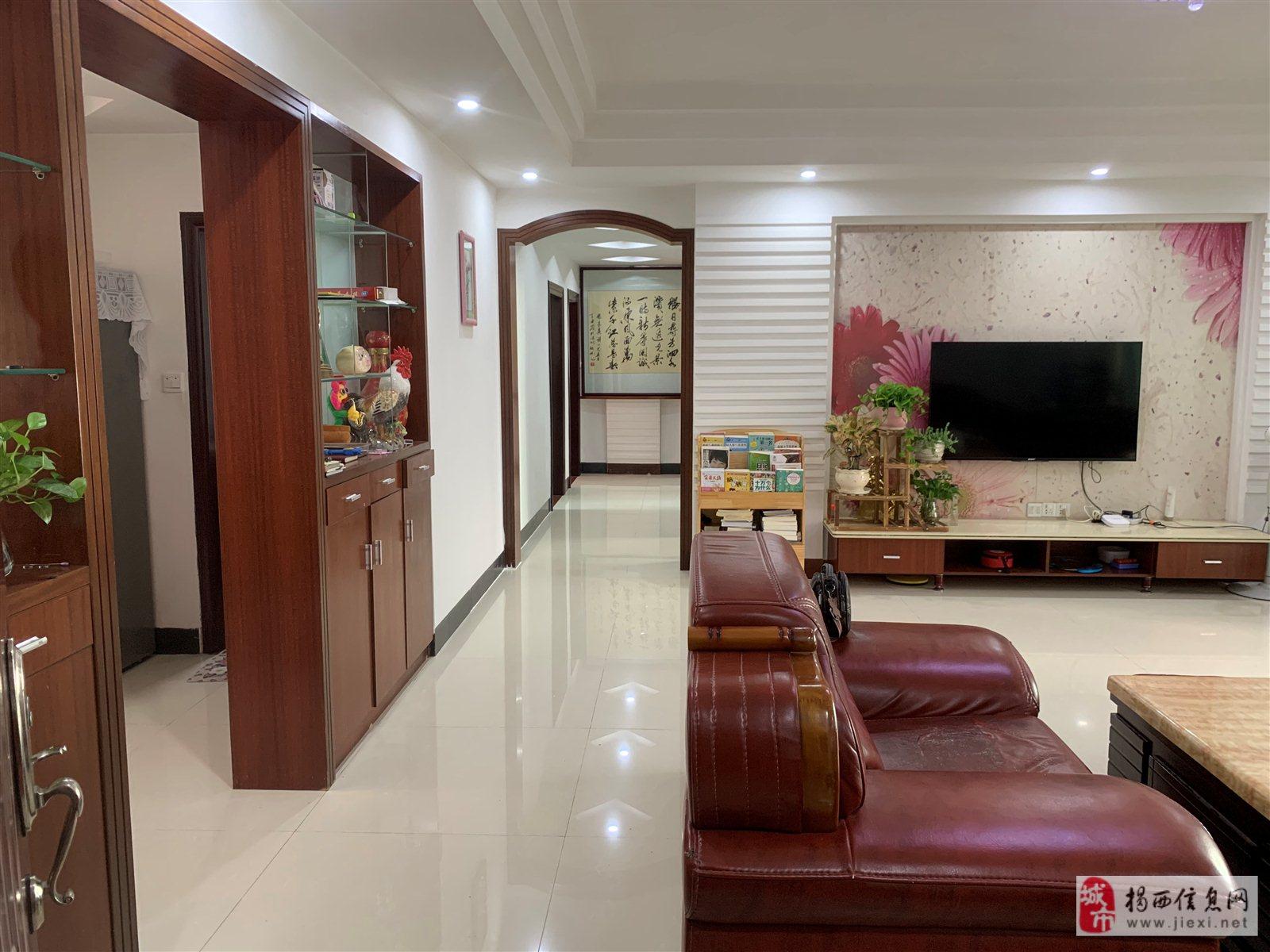 金凯苑4室 2厅 2卫98万元