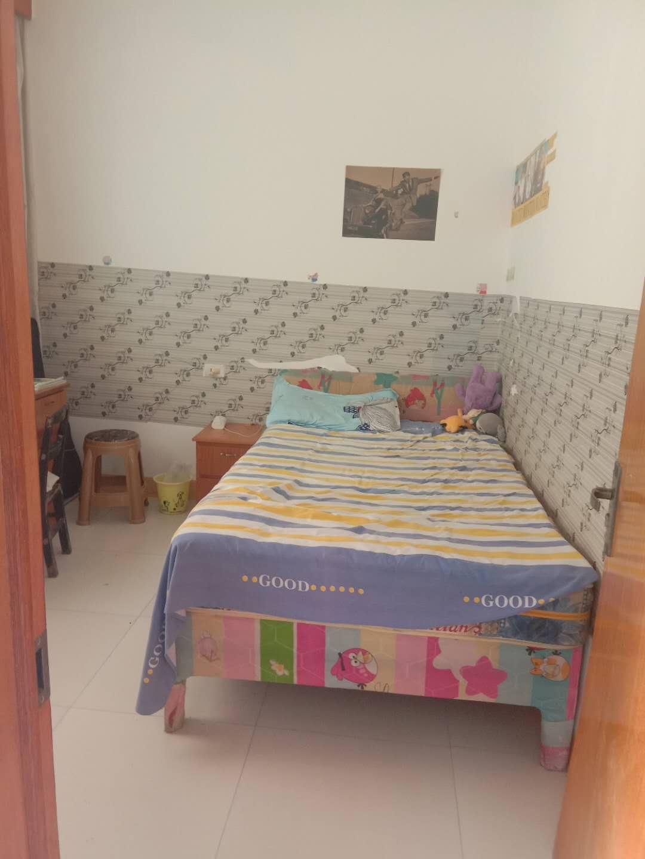 湄潭南街3室 2厅 1卫43.8万元
