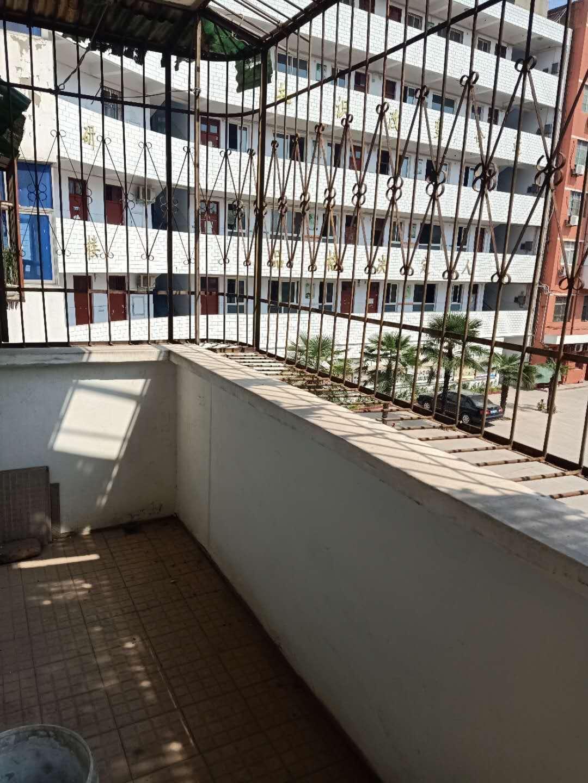 老城转角楼3室 2厅 1卫28万元