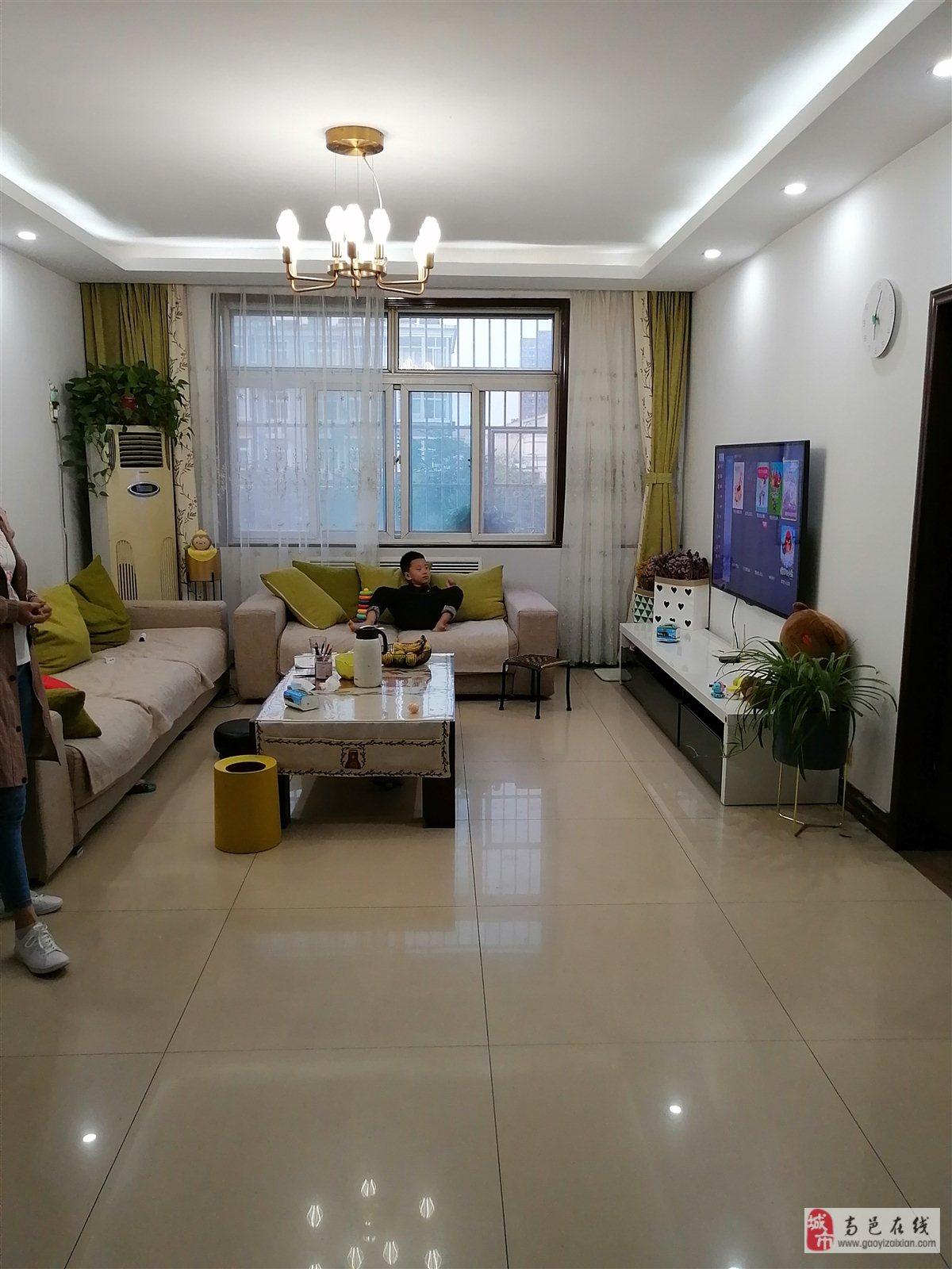 阳光花园3室 2厅 2卫75万元
