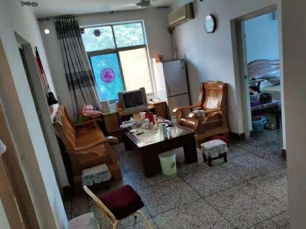 老干區家屬樓3室 1廳 1衛18.5萬元