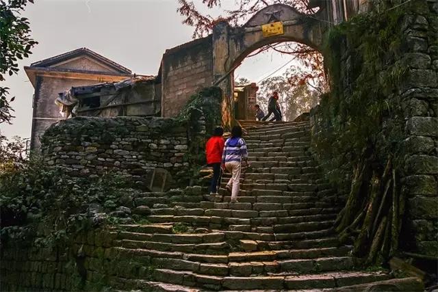 中国最美丽的土家族古镇在水下长眠,保靖水下古镇快来看看!